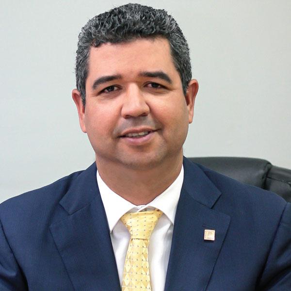 Ing. Héctor Bretón S.
