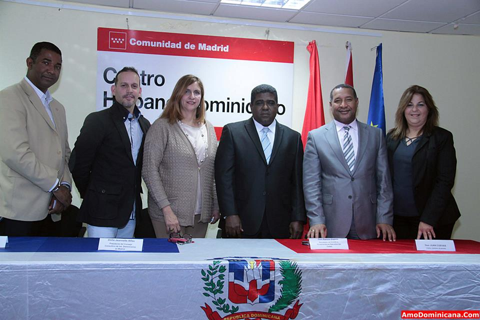 Gobierno construir 10 mil viviendas para dominicanos for Gobierno exterior