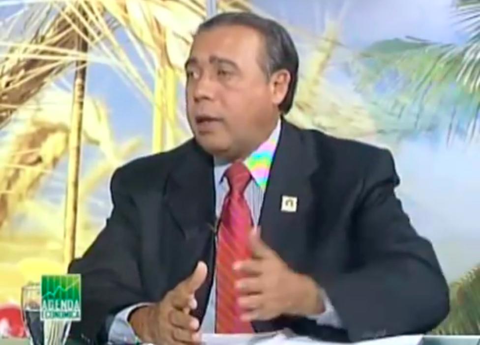 Fermín-Acosta-en-el-programa-Agenda-Economica-4