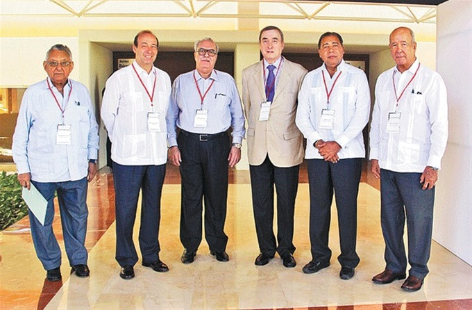 Luis Escoto, Jorge Yarza, Nylton Velloso, Ramón Santelises, Fermín Acosta y Freddy Reyes
