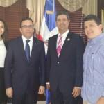 Visita de acoprovi al ministro de Relaciones Exteriores Andrés Navarro