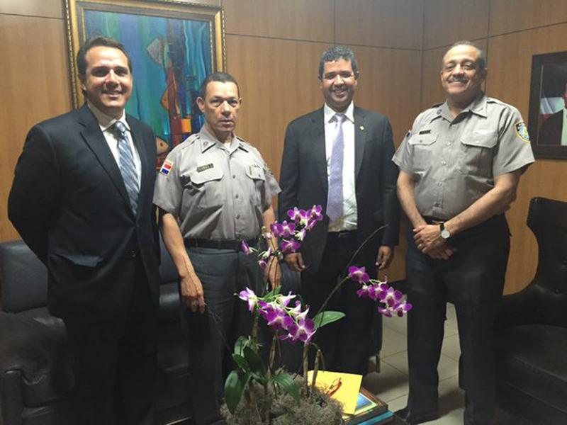 Visita institucional de ACOPROVI al Jefe de la Policía Nacional Gral Nelson Peguero 1