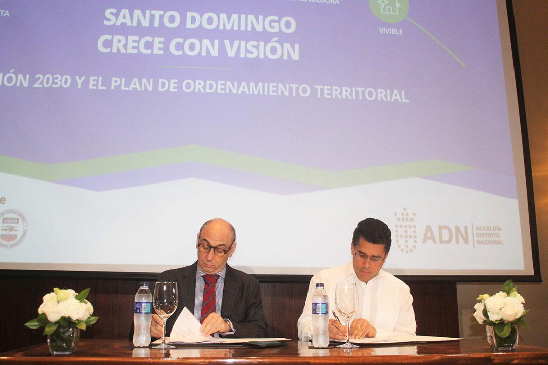 Alcalde-Distrito-Nacional-presenta-Plan-de-Ordenamiento-Territorial