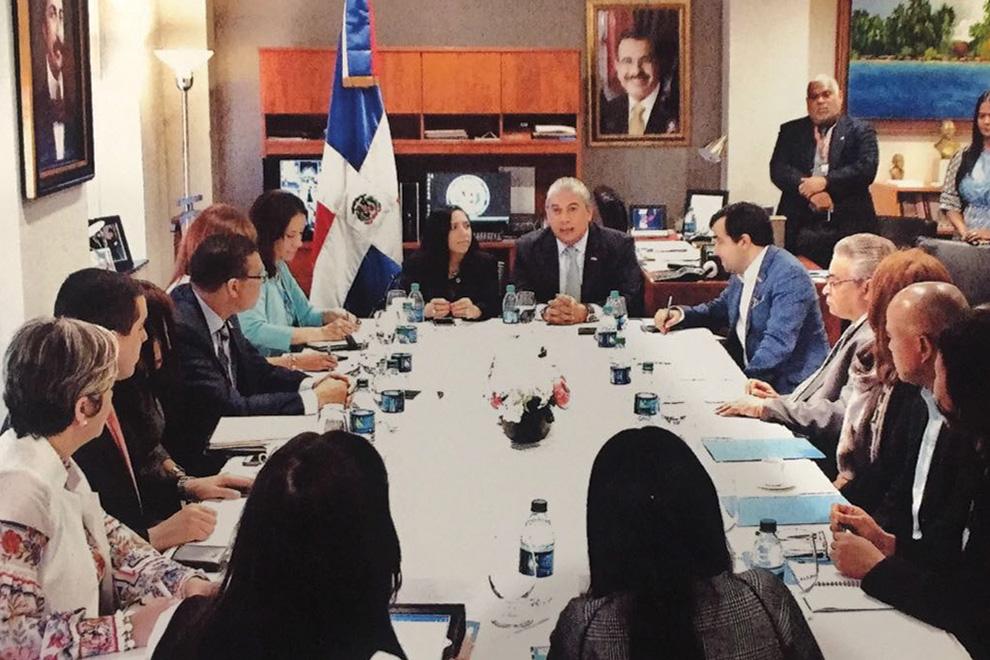 comision-gobierno-explica-en-eu-planes-viviendas-en-ciudad-juan-bosch-para-la-diaspora-dominicana