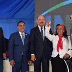 Danilo-Medina-entrega-108-viviendas