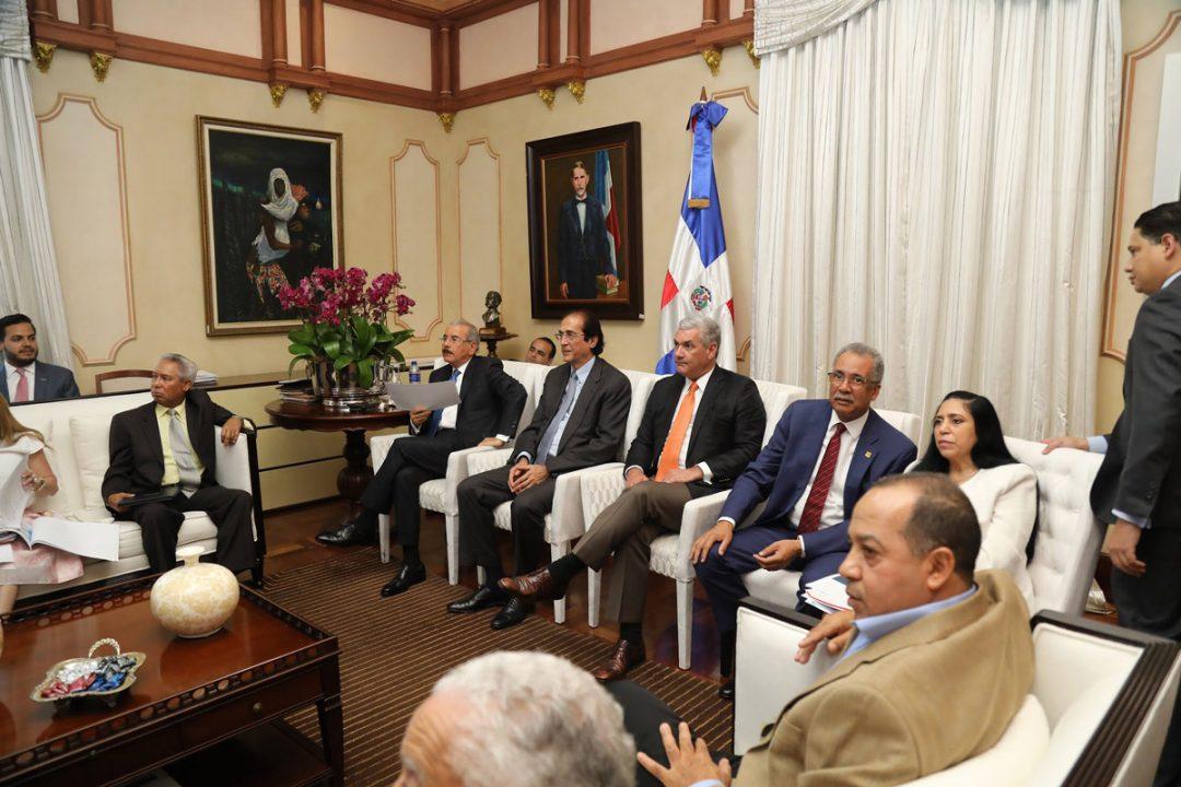 Presidente-Danilo-Medina-da-seguimiento-a-avances-Ciudad-Juan-Bosch
